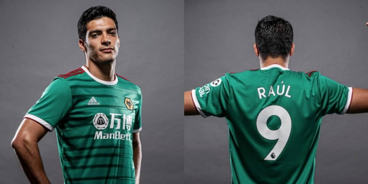 Wolves presenta uniforme 'mexicano' para la Premier League