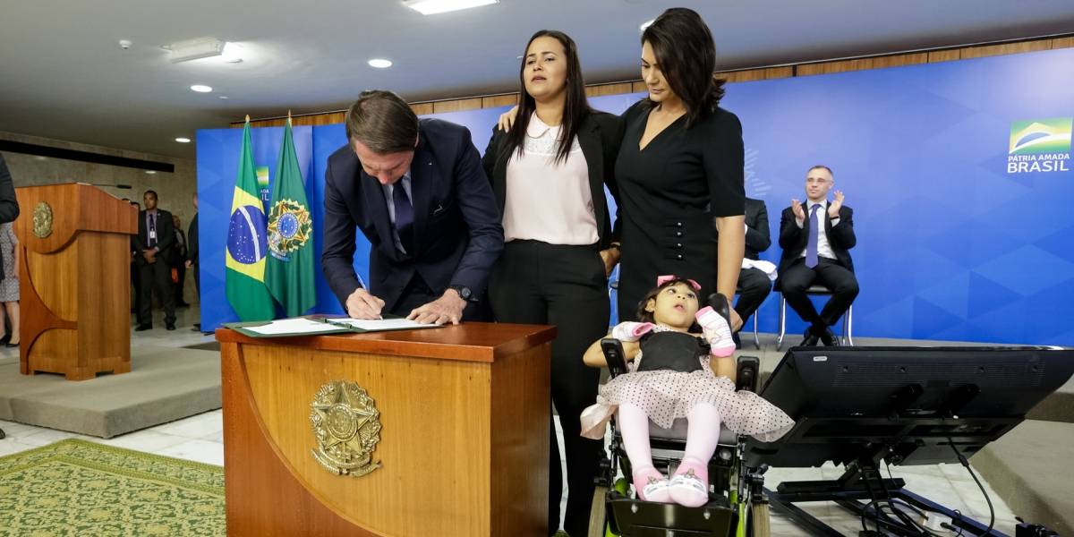 MP garante pensão vitalícia a vítimas de microcefalia provocada pelo zika vírus