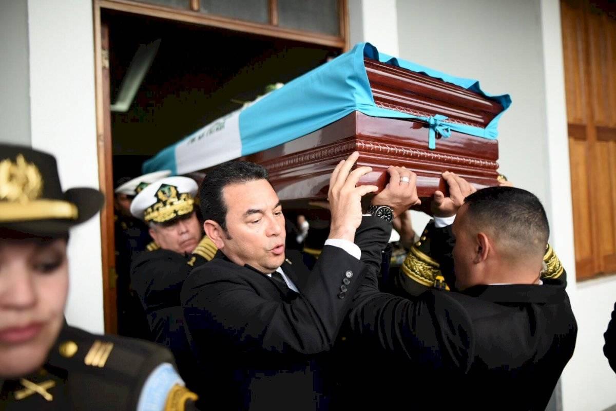 Jimmy Morales en honras fúnebres
