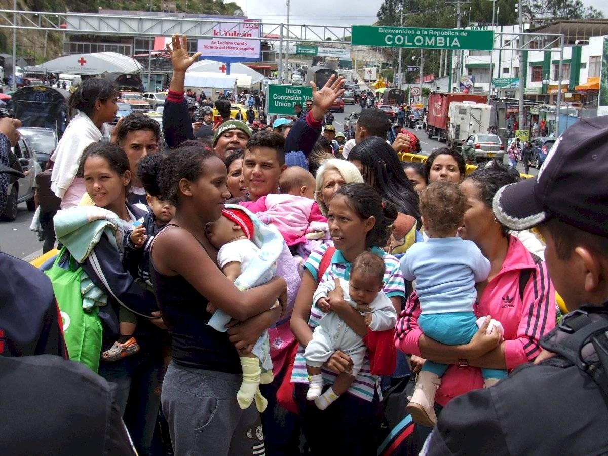 Venezolanos en la frontera de Ecuador EFE