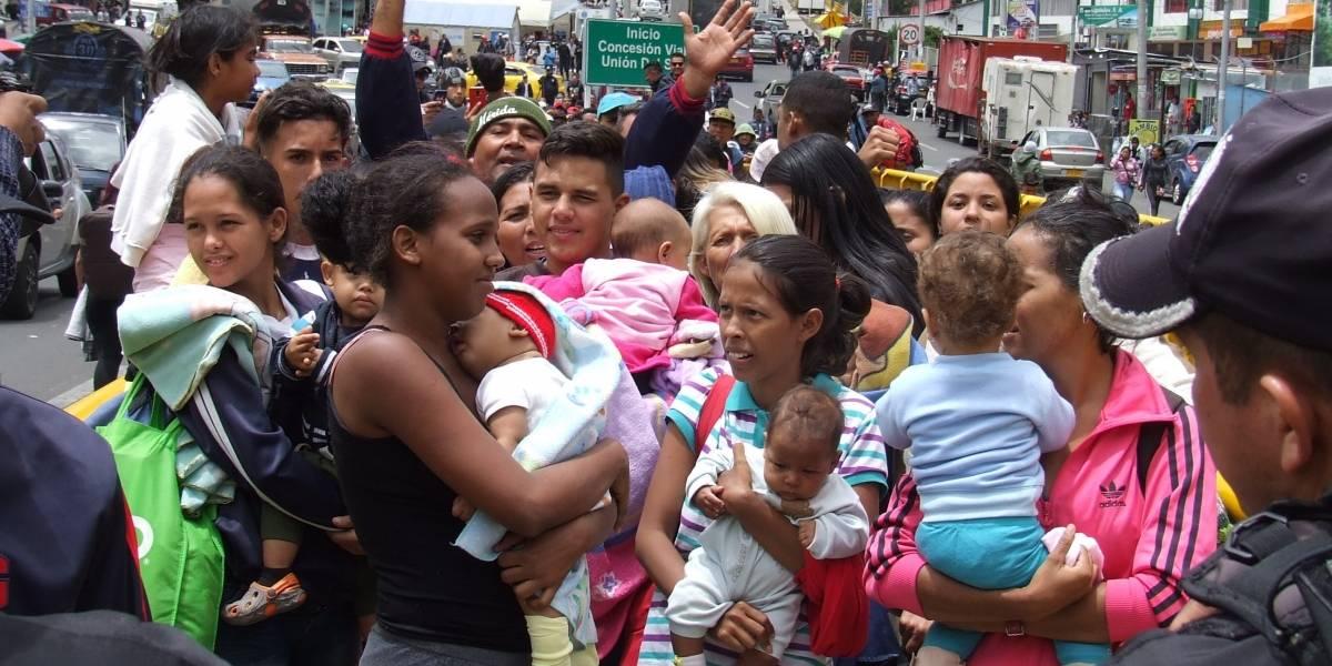 Migración Colombia pide a Ecuador revisar imposición de visa a venezolanos