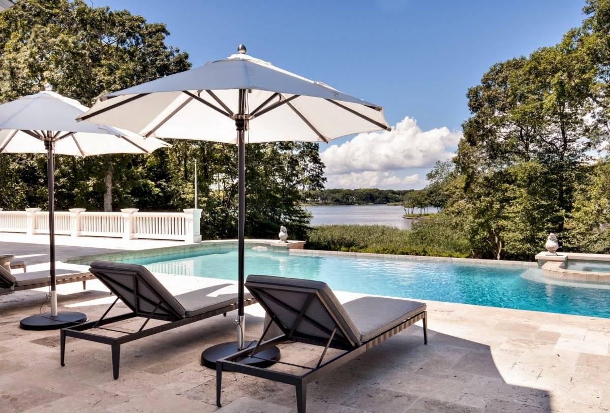La cantante y su esposo Jay Z adquirieron este palacete en Los Hamptons. Pinterest