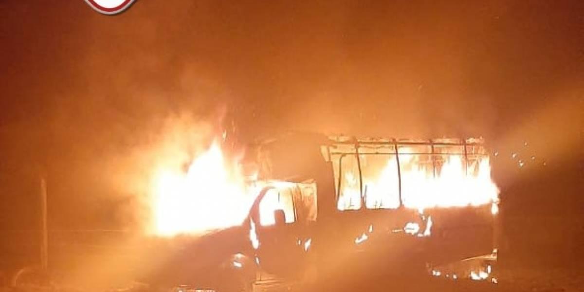 Vehículos se incendian en el Occidente del país