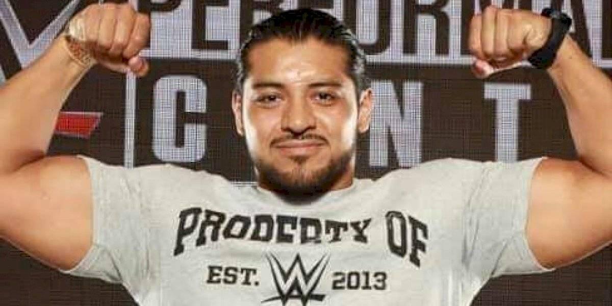 Hijo del Fantasma es nuevo luchador de la WWE