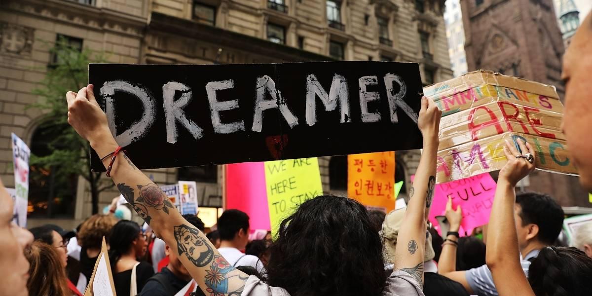Corte de EU revisará el programa para migrantes DACA