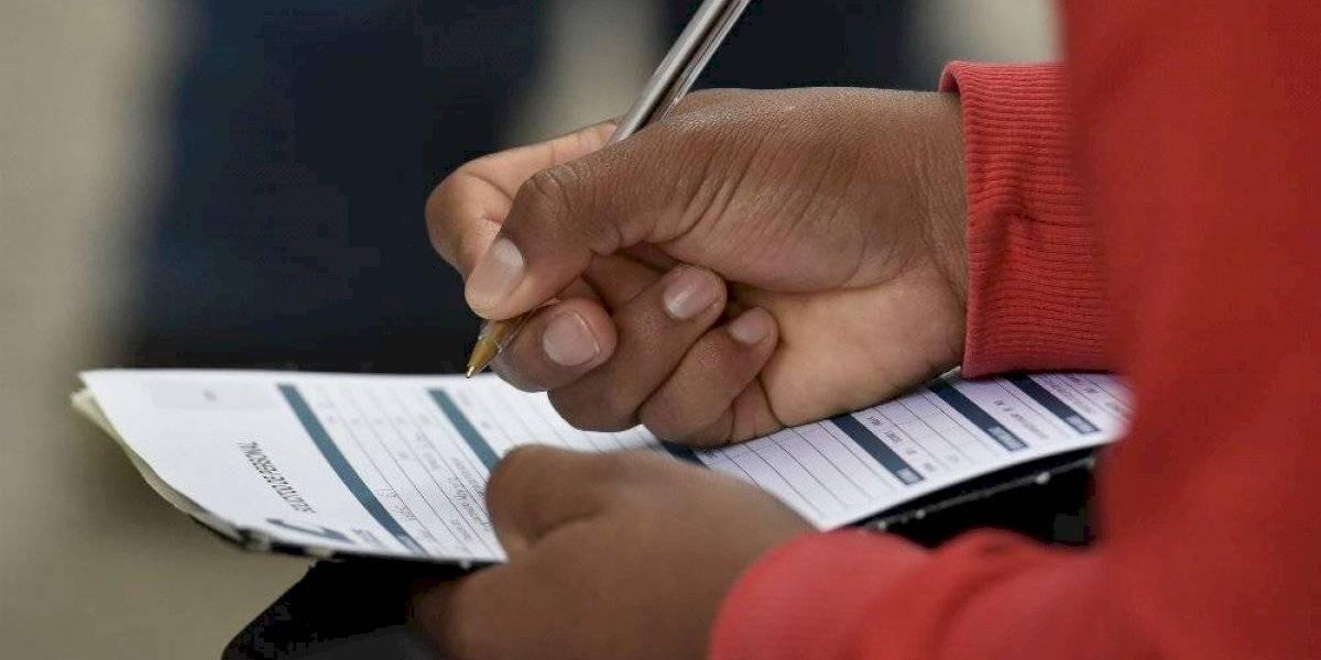 SEP ofrece vacantes con salario de hasta 132 mil pesos mensuales