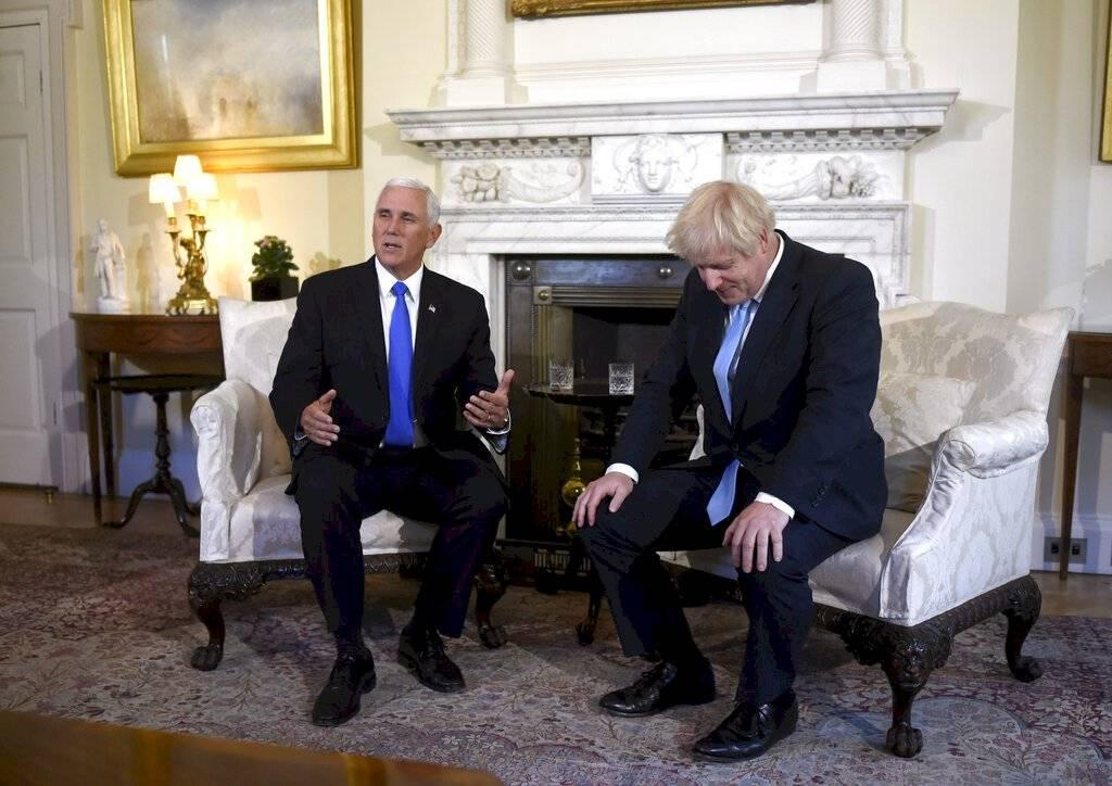 El primer ministro británico, Boris Johnson se reúne en Downing Street con el vicepresidente de los Estados Unidos, Mike Pence, en Londres, el jueves 5 de septiembre de 2019