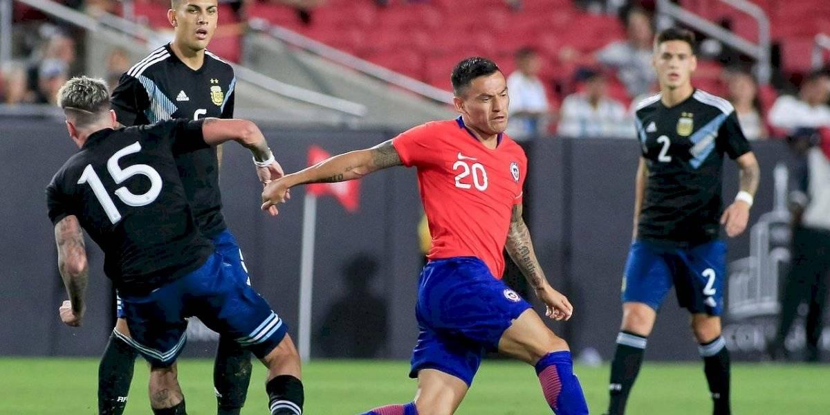 """""""Un Scaloni para adelante"""": el tibio análisis de la prensa argentina tras el empate con Chile"""