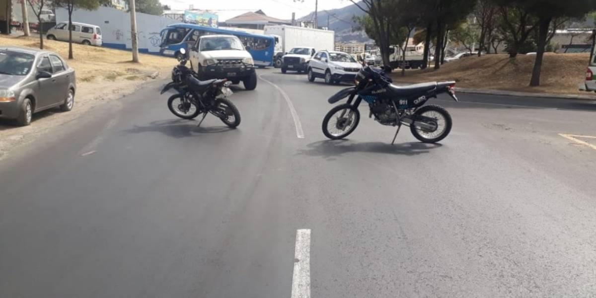 Quito: La avenida Simón Bolívar continúa cerrada por el accidente de tránsito a la altura de Nayón