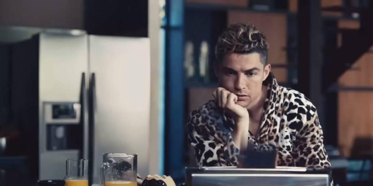 Ronaldo lanza su nueva fragancia con un anuncio donde todo le sale mal