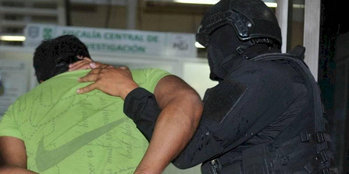 Capturan a 10 personas por disparar al aire en Álvaro Obregón