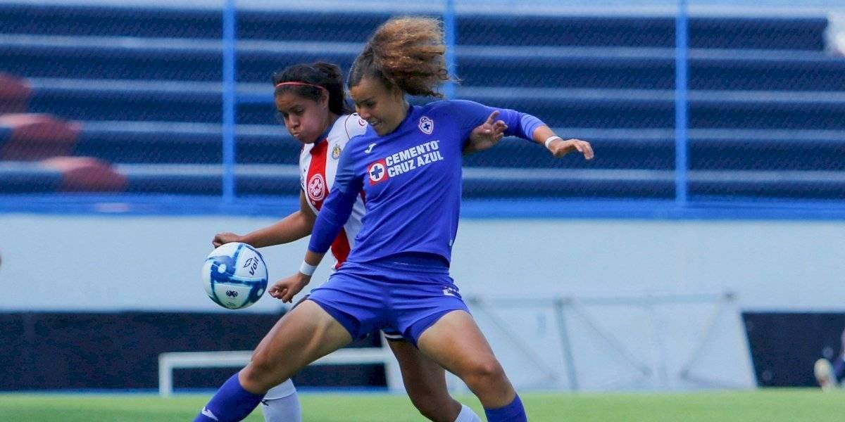 Cruz Azul y Chivas Femenil empatan en partido lleno de goles