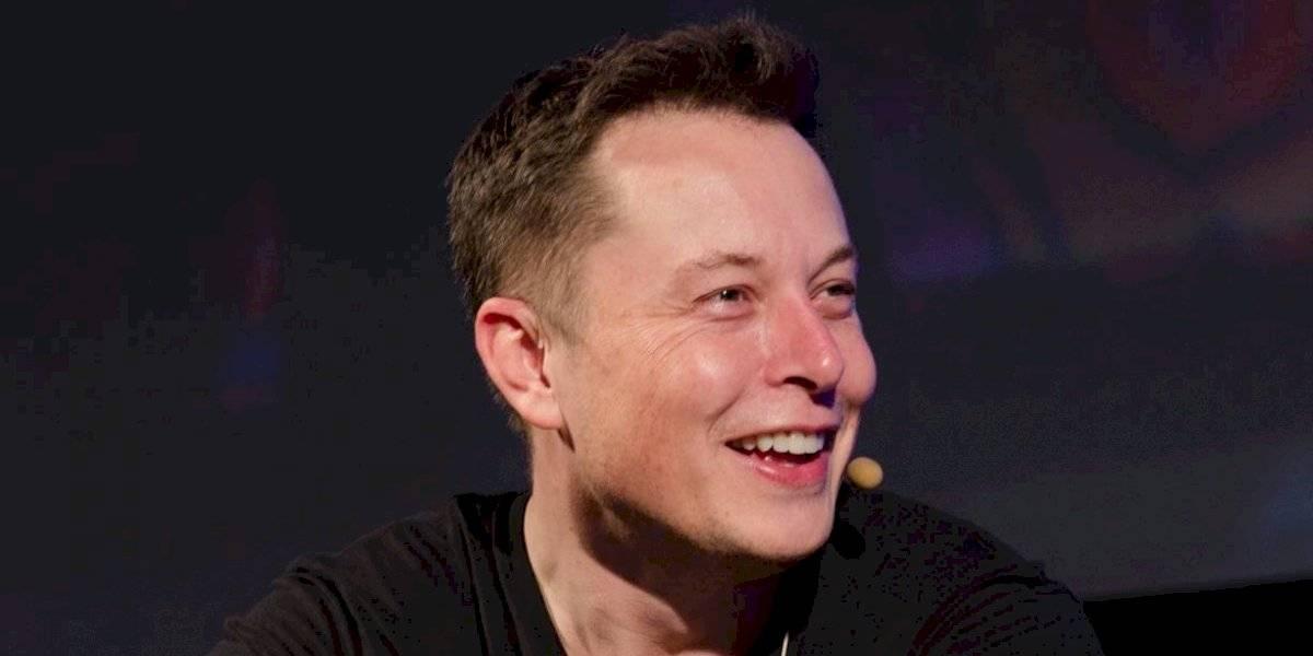 Elon Musk, fundador de Tesla, advierte que la inteligencia artificial es más peligrosa que las armas nucleares