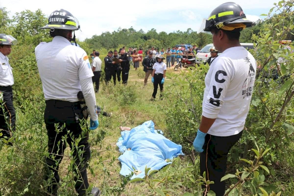 Torturan y asesinan a presuntos extorsionistas en San Juan Sacatepéquez. CVB