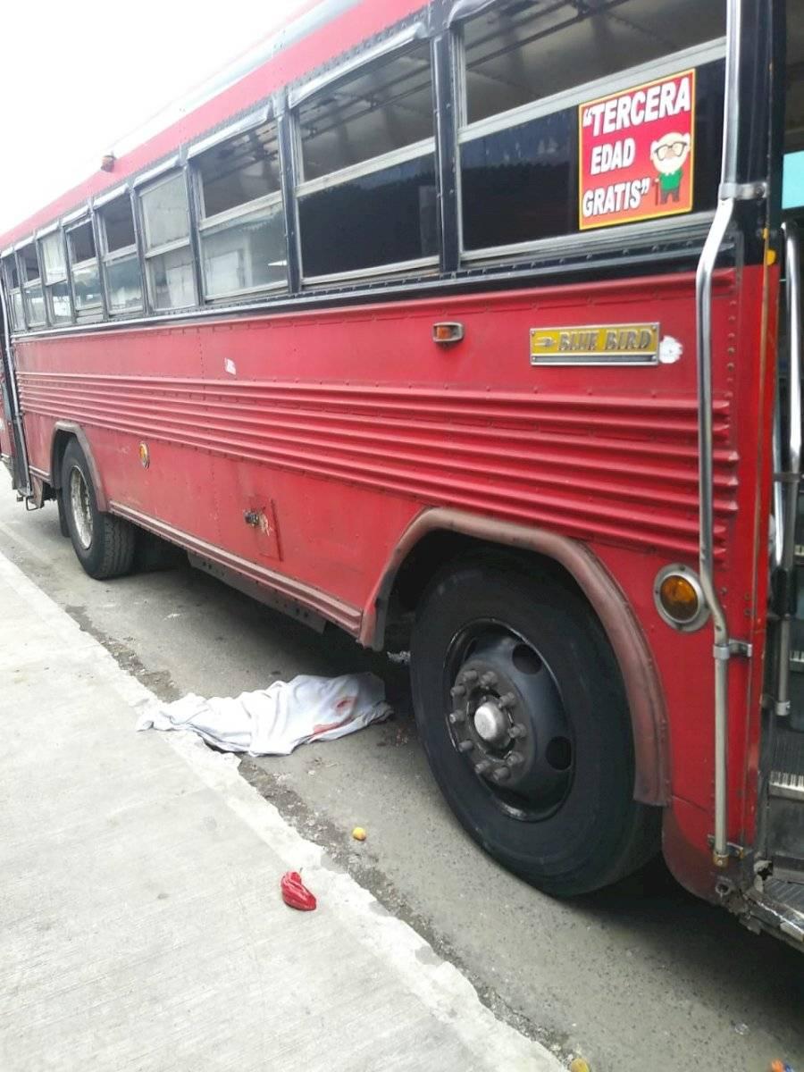 Niña de cinco años muere al ser atropellada por un autobús, en la zona 7