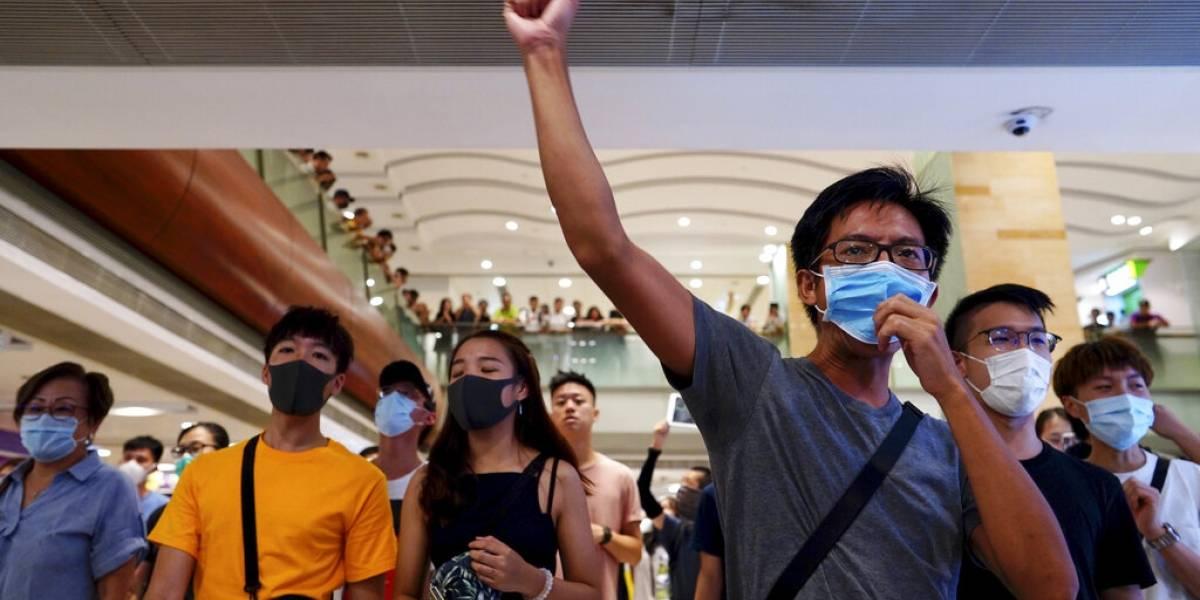 Manifestantes en Hong Kong ahora protestan en centros comerciales
