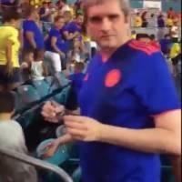Colombianos emberracados insultaron a Daniel Coronell y Félix de Bedout mientras veían Colombia vs Brasil