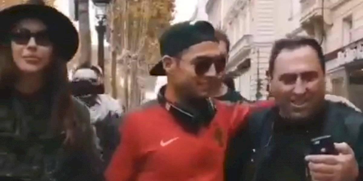 VIDEO: ¡Un doble de Cristiano Ronaldo desata el caos en las calles de París!