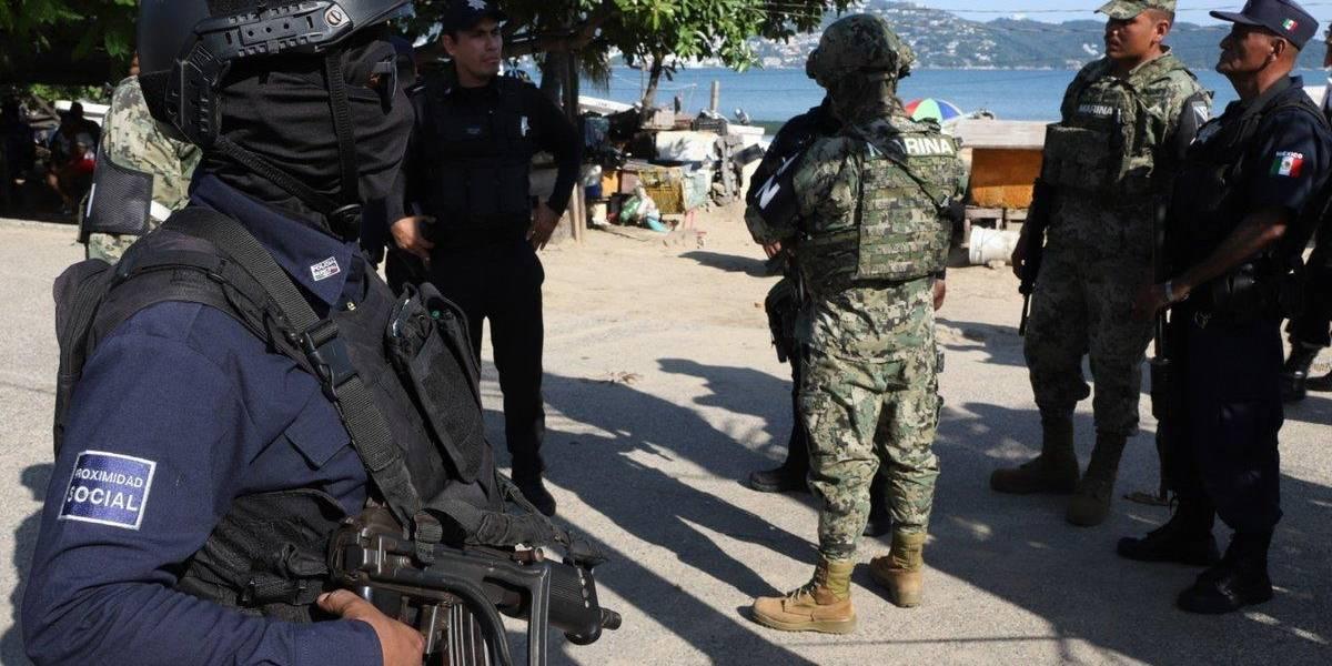 Detienen en el sur de México a 70 personas armadas