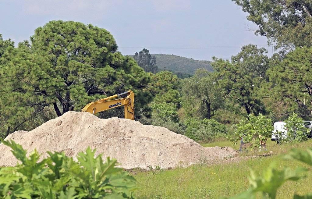 Encuentran 15 bolsas más con restos humanos en pozo de Zapopan; suman 41