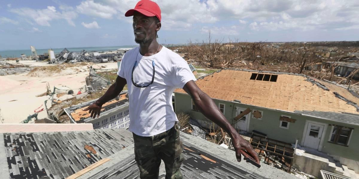Algunos quieren quedarse en devastada ciudad de Bahamas