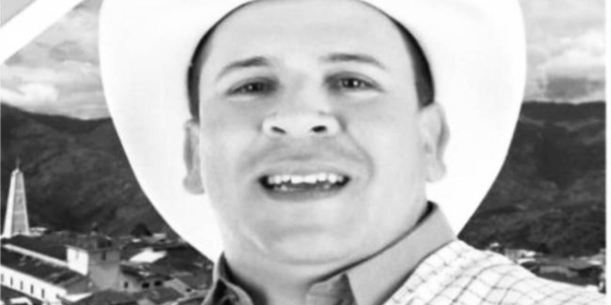 """El Centro Democrático calificó como """"acto cobarde"""" el asesinato de candidato a la alcaldía de Toledo"""