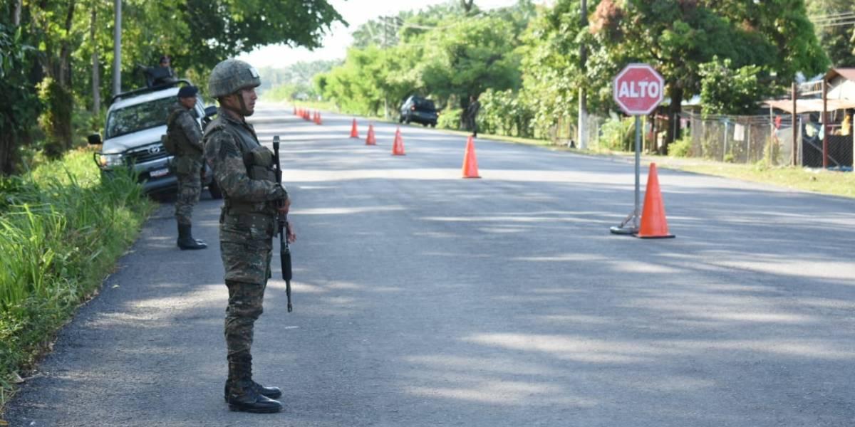 Periodistas denuncian agresiones de soldados durante estado de Sitio