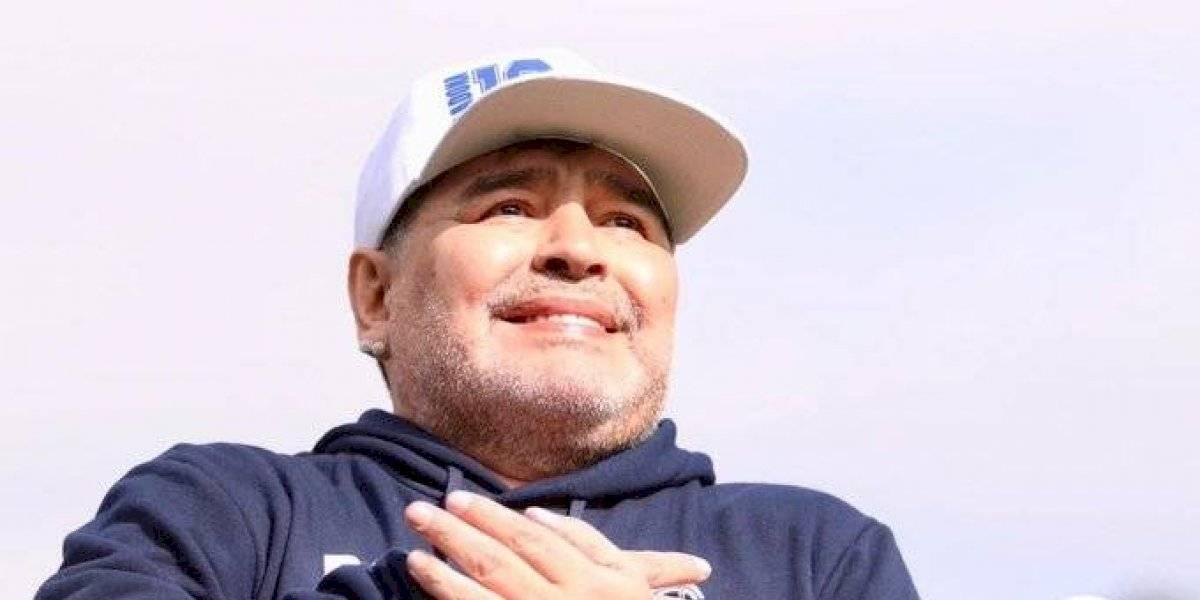 Maradona fue presentado como técnico de Gimnasia