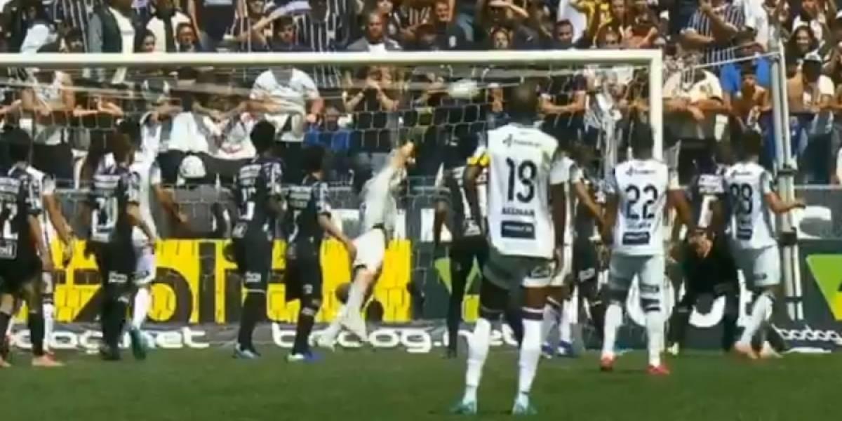 Futbolista brasileño se luce con gol olímpico