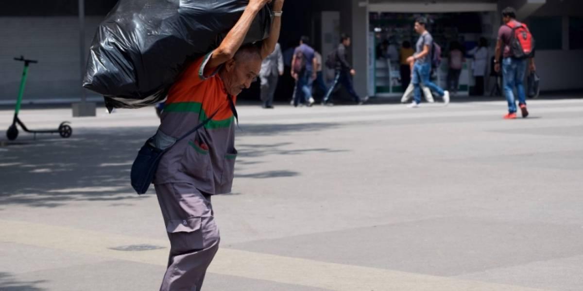 Exigen alza de 30 pesos al salario mínimo para combatir pobreza