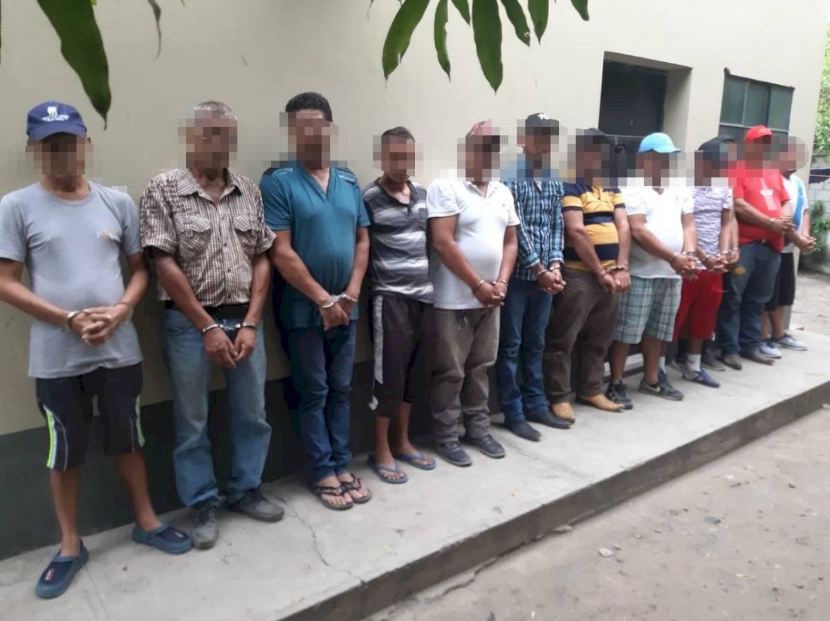 12 personas fueron capturadas por ingerir bebidas alcohólicas durante el estado de Sitio. Foto: PNC
