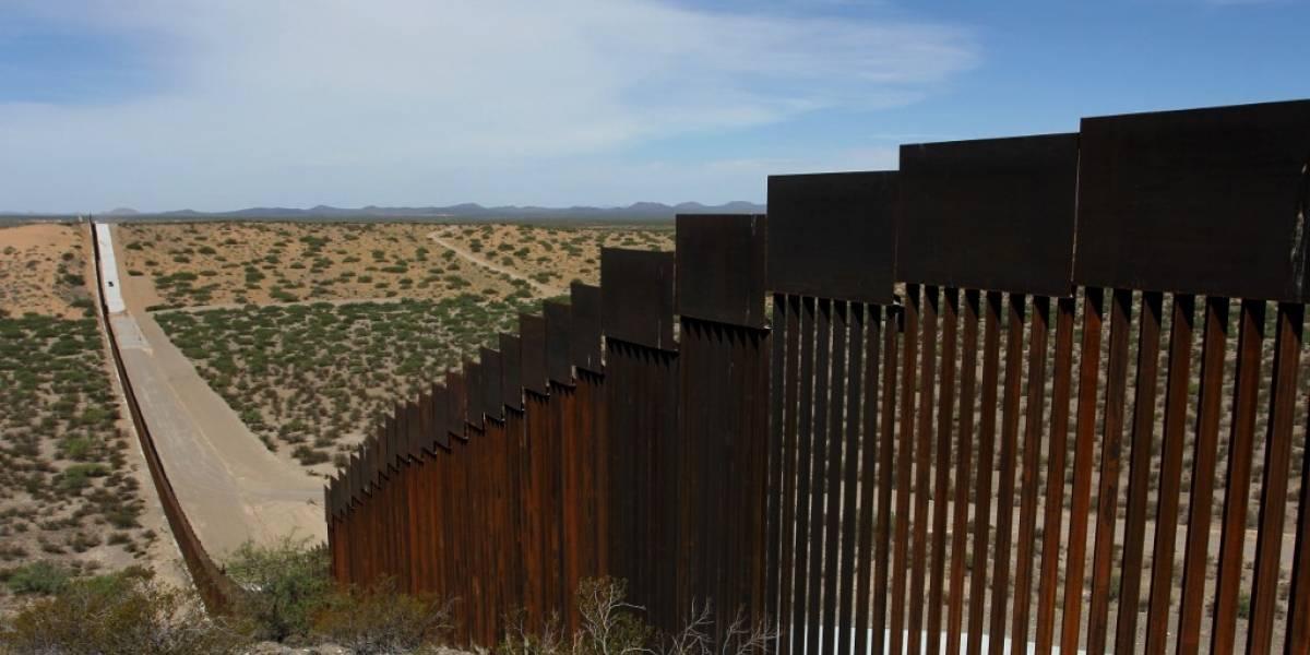 ¿De dónde sale el dinero para el muro fronterizo de Trump?