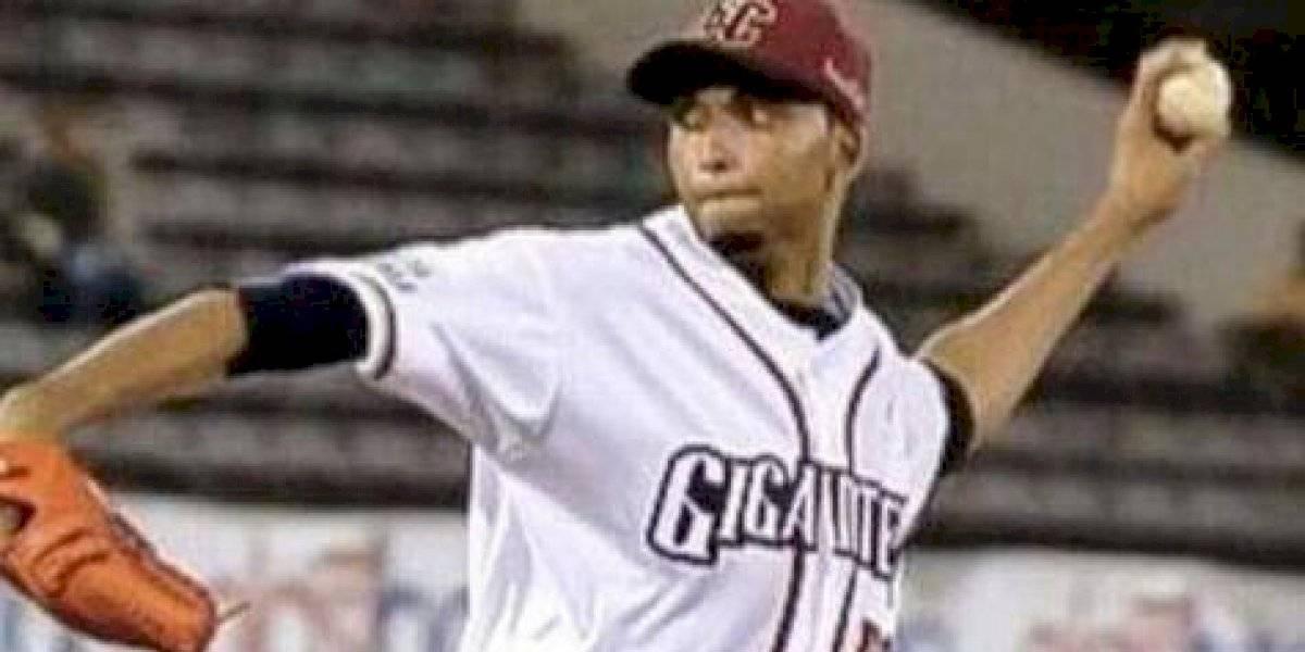 El lanzador Rafael Pérez se retira del béisbol invernal