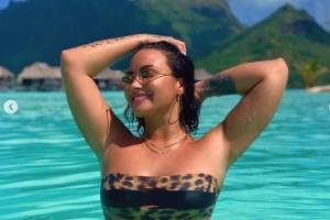Demi Lovato en Bora Bora