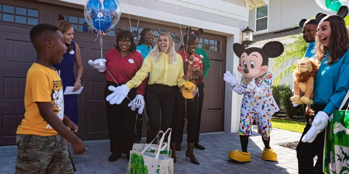 Disney sorprende a niño que utilizó su dinero ahorrado para ayudar a víctimas de Dorian en Bahamas