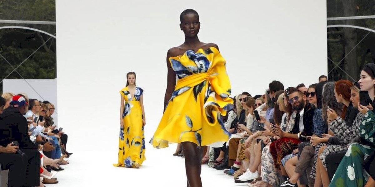 Carolina Herrera trae brillante colección floral a Semana de Moda NY