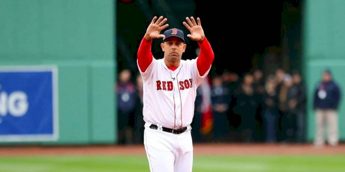 Álex Cora prefiere respetar investigación de Astros y MLB