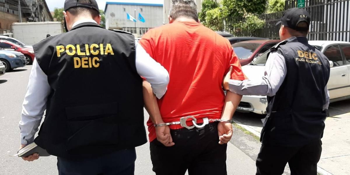 """PNC captura a supuesto jefe de la banda """"Los Cristaleros"""""""