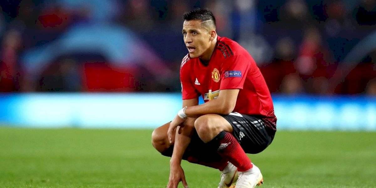 Y le siguen dando: Alexis entra en el podio de los peores refuerzos del United de los últimos 10 años