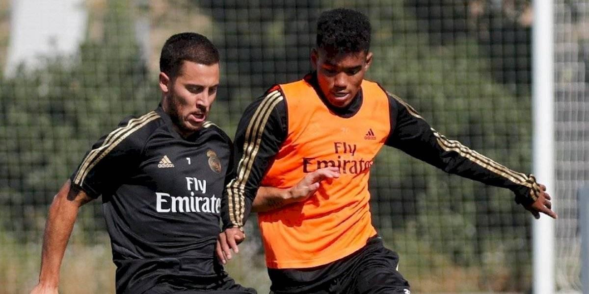 Eden Hazard y James Rodríguez se entrenan al parejo de sus compañeros