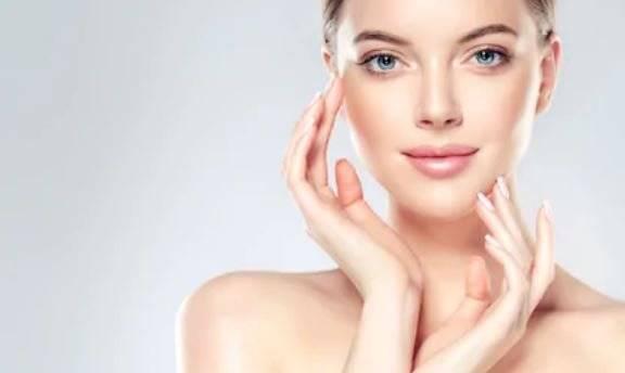 Elimina las manchas en el rostro con limón, bicarbonato y sábila