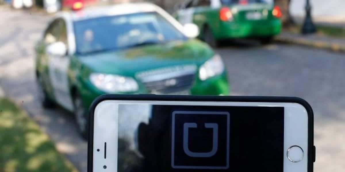 Uber Chile activa función para detectar mensajes inapropiados entre conductores y usuarios