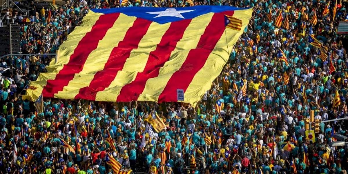 Masiva protesta por independencia de Cataluña en Barcelona