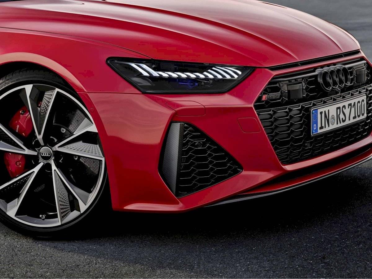 Audi RS 7 Sportback, faros cortesía