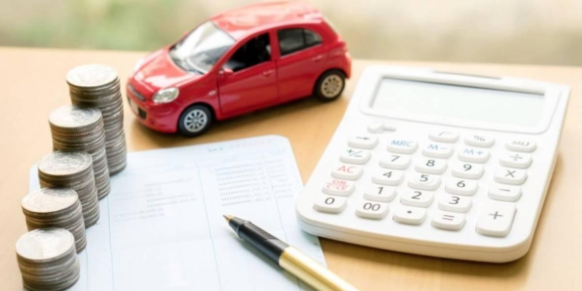 Créditos para compra de autos caen 8% en siete meses