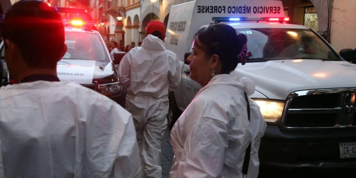 Asesina a 2 comerciantes de plaza comercial en Cuernavaca