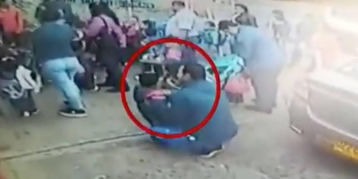 (Video) Jardín sacó a niño de dos años del colegio por haber llegado tarde y el papá ya se había ido
