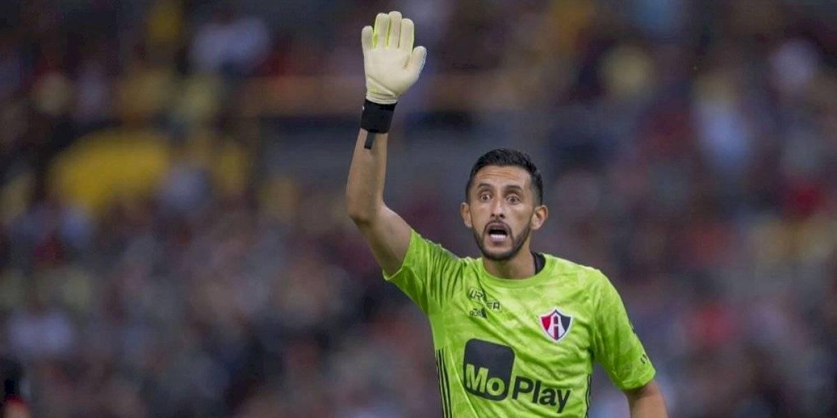 Camilo Vargas no ve favorito a su equipo para el Clásico Tapatío