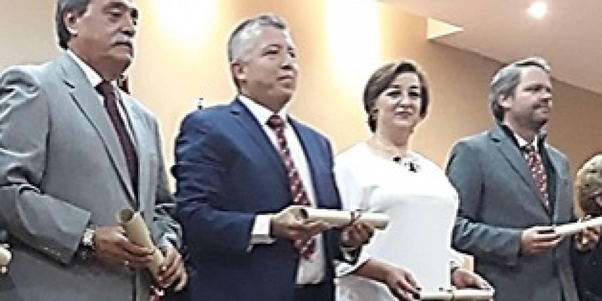 Automotores y Anexos recibe reconocimiento por parte de la Cámara de Comercio de Cuenca