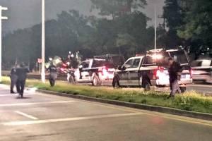 Policías del estado y municipales en Zapopan fueron atacados; detonan una granada